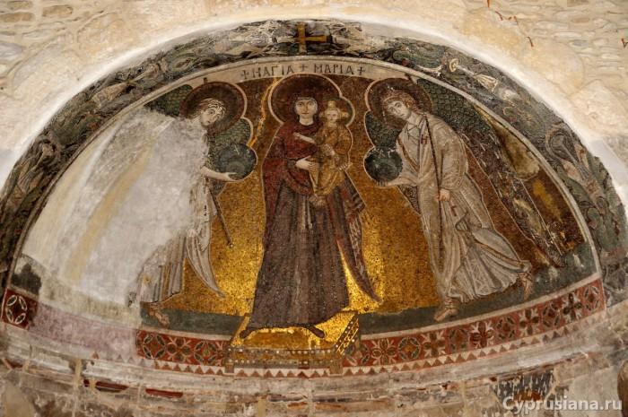 Мозаика в конхе апсиды церкви Панагия Ангелоктисти. VI век