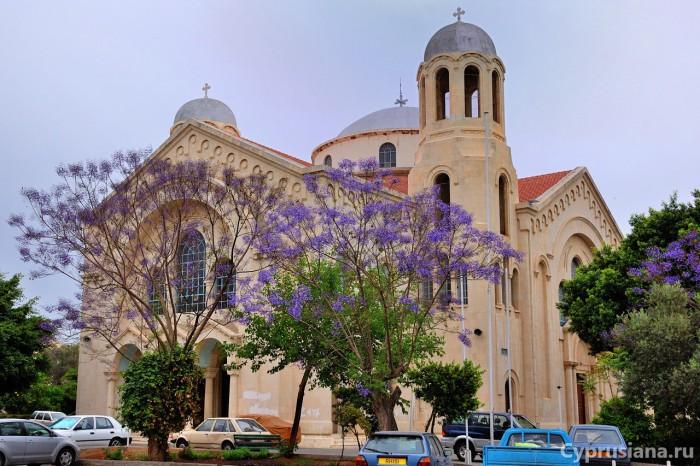 Церковь Ayia Triada