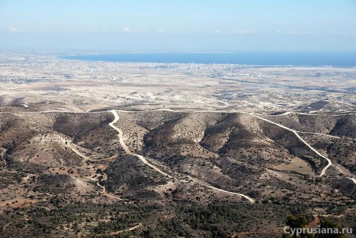 Вид на Кипр с Крестовой горы