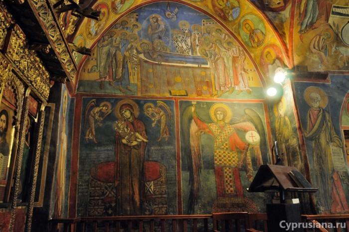 Архангел Михаил. 1192 год. Роспись нише в южной стене церкви Панагии Аракиотиссы в Лагудера