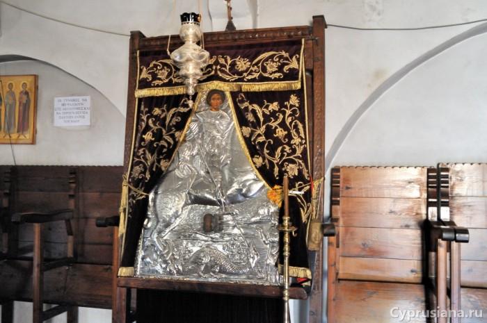 Главная храмовая икона св. Георгия