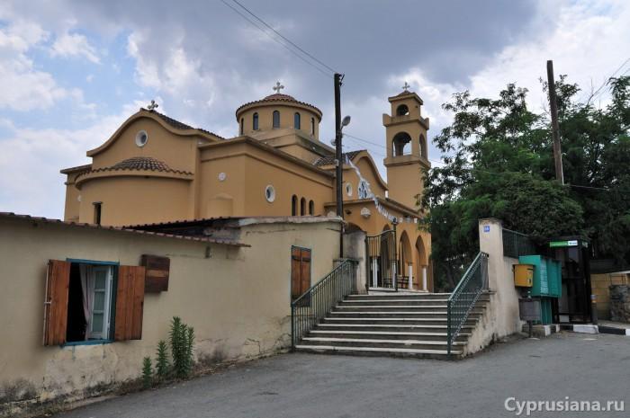 Пирга. Новая церковь св. Марины