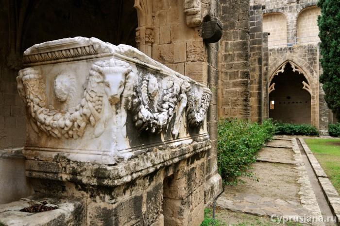 Римский саркофаг
