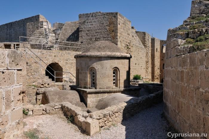 Часовня святого Георгия в Керинийской крепости