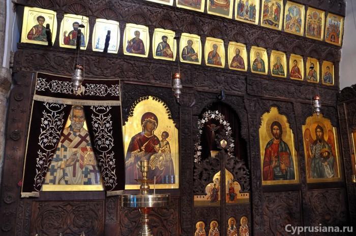 Иконостас церкви