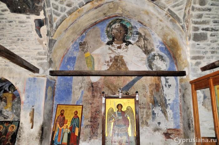 Архангел Михаил. XIX (?) век. Роспись церкви Архангела Михаила в Като Лефкара