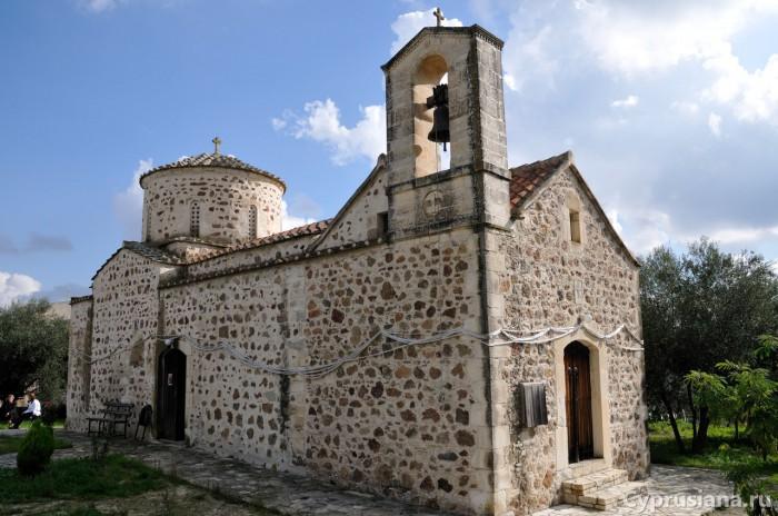 Пирга. Церковь св. Марины