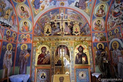 Маленькая церковь в Терсифану