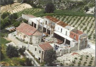 Заброшенный монастырь Архангела Михаила в Монагри