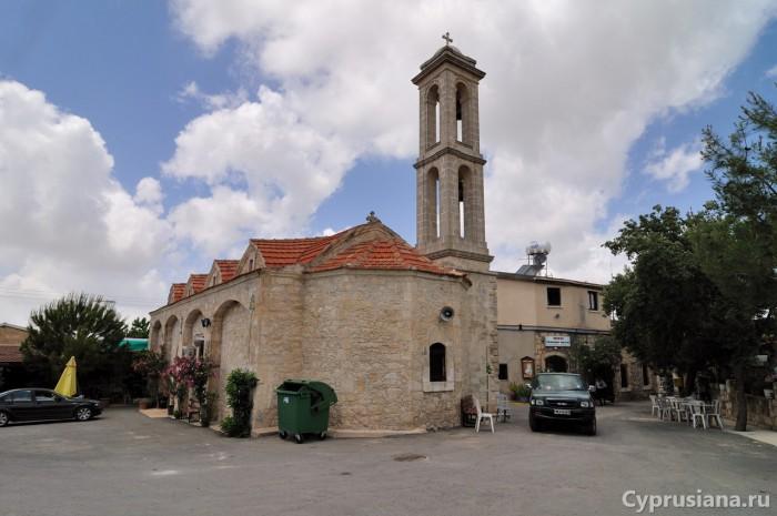 Церковь в Фити