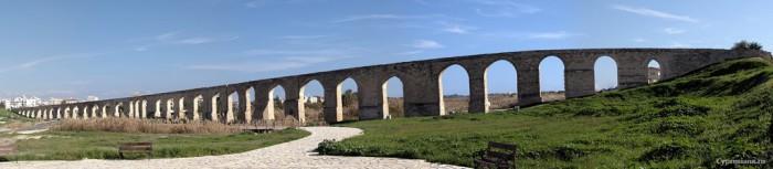 Панорама акведука Камарес