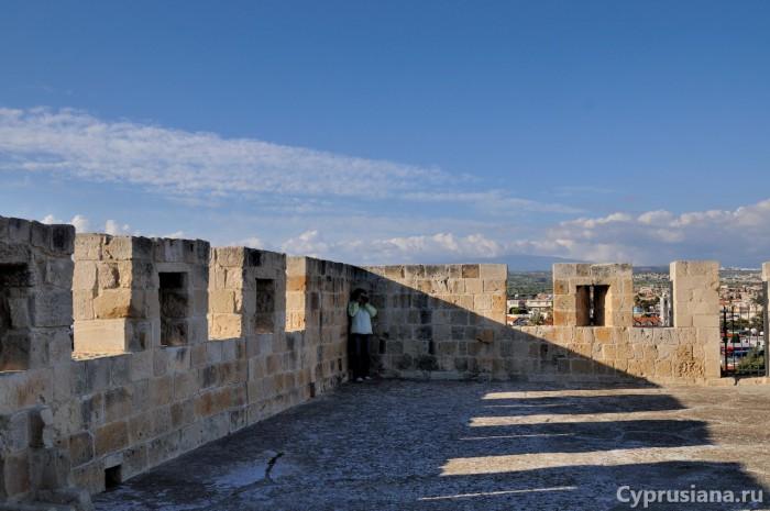 На крыше замка Колосси