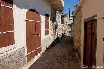 Прогулка по улочкам Лефкары