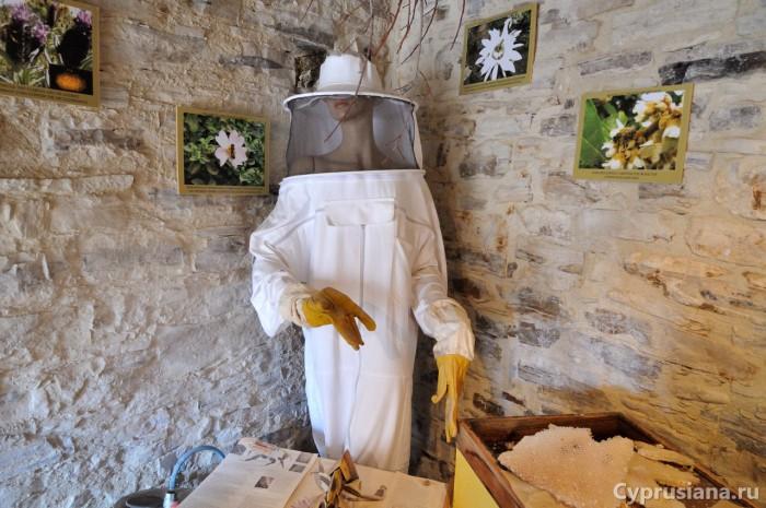 Пчеловод(иха)