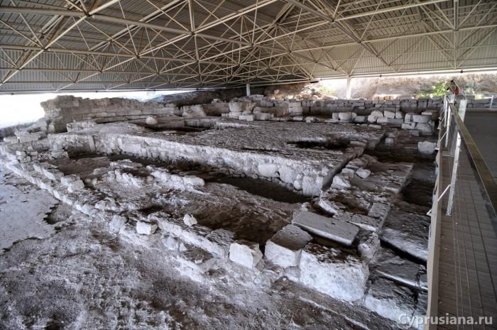Руины базилики в Соли