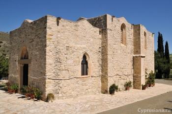 Церковь Богоматери Stazousa