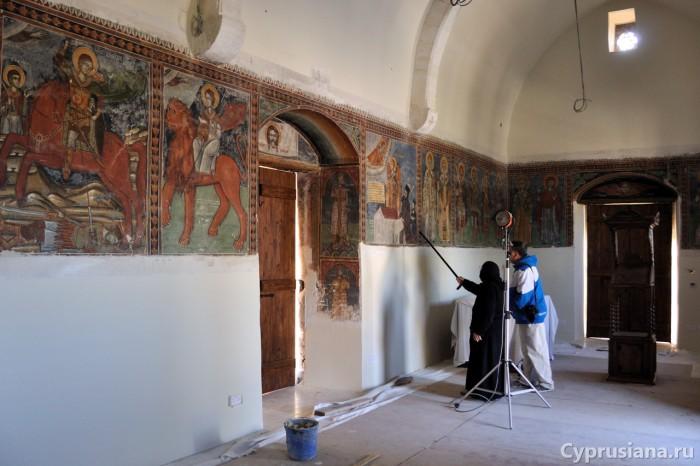 Экскурсия в церкви Архангела Михаила
