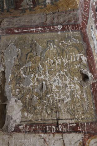 Змеи терзают грешниц. Деталь композиции «Страшный суд» в Йыланлы килисе («Змеиной церкви»). Конец XI – начало XII века. Долина Ыхлара, Каппадокия