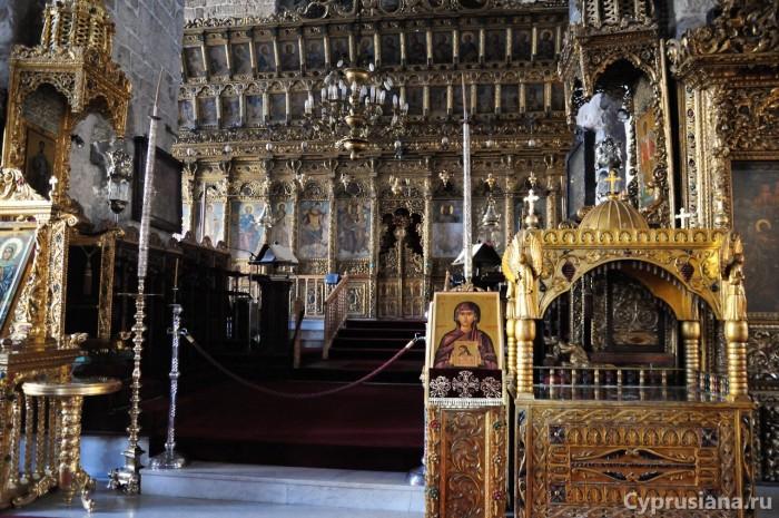 Иконостас в церкви св. Лазаря