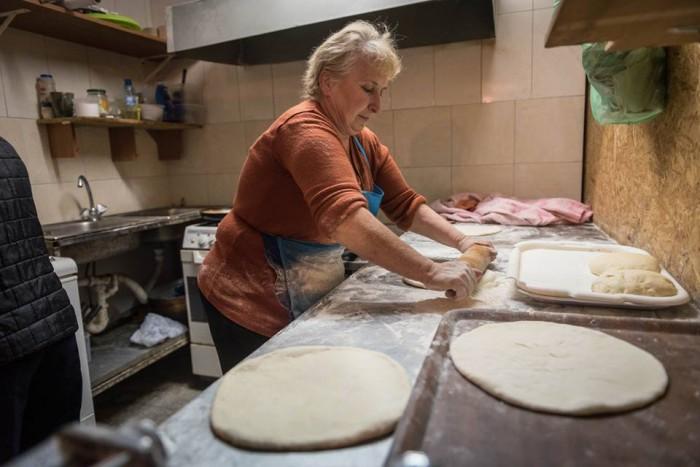 Процесс приготовления хачапури