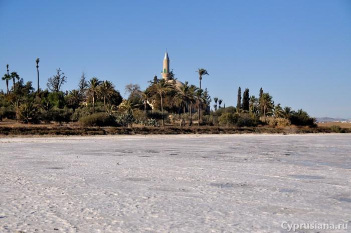 Солёное озеро Алики