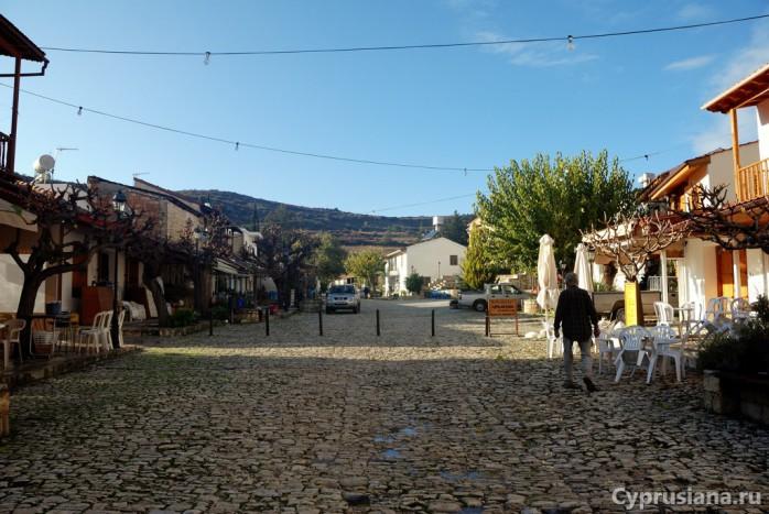Площадь в Омодосе