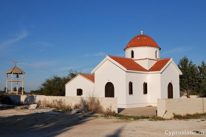 Отдельно стоящая церковь