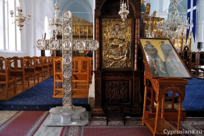 Крест в церкви Богородицы Фанеромени