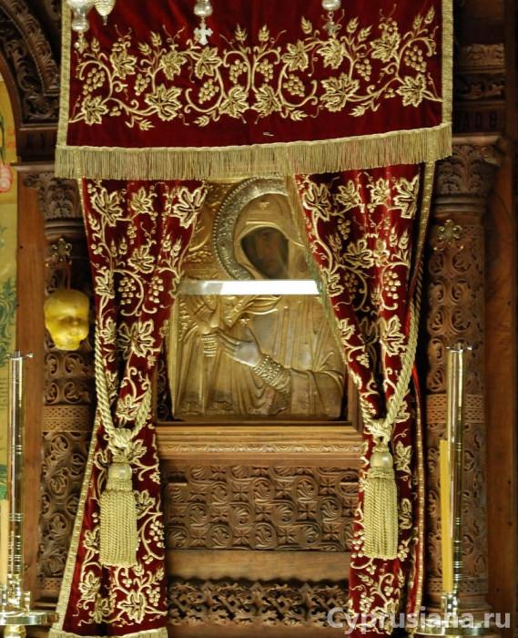 Богородица Ножевная