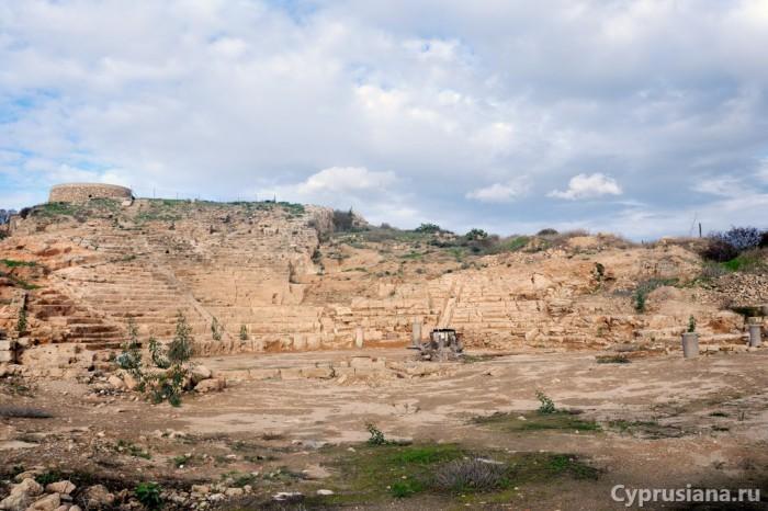 Раскопки амфитеатра